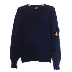 1970s vintage puritan wool v-neck sweater medium